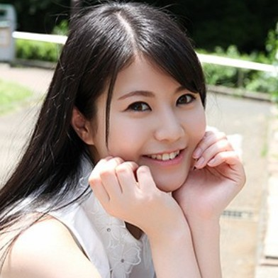 神楽明日香(Kagura Asuka/22岁)